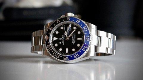 ETTERTRAKTET:Mange har lyst på en klokke som Rolex GMT Master II i «Batman»-utførelse. Men ikke hvem som helst kan kjøpe noe slikt nytt - selv om du har pengene.