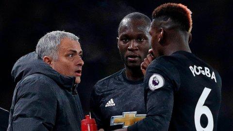 FORBANNA: José Mourinho, Romelu Lukaku og Paul Pogba får gjennomgå av Paul Scholes.