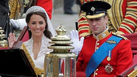 LITT STAS MÅ DET VÆRE: De færreste er nok ute etter pomp og prakt a la Kate og William. Men det er et drygt stykke derfra til kommunehuset.