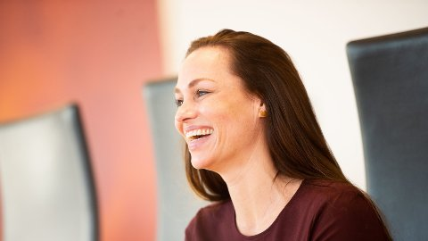 NY STJERNE: Cecilie Tvetenstrand (39) er Danske Banks nye forbrukerøkonom. Nå vil hun gi deg de beste rådene om sparing.