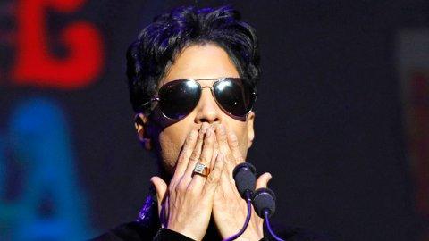 MÅTTE KJEMPE: Låten «Kiss» fra Prince kunne faktisk aldri blitt noe av, hvis artisten ikke hadde tatt opp kampen.