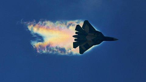 RUSSISK KAMPFLY: Russlands 5. generasjons kampfly Sukhoi Su-57 er kjappere og dødeligere enn sine forgjengere. Og – kanskje viktigst – stealth.