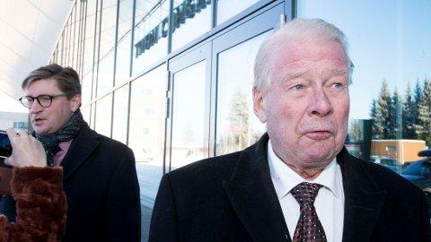 STRAFF: Christian Tybring-Gjedde og Carl I. Hagen i Oslo Frp vil innføre «portforbud» og foreldre som bøtelegger for å unngå knivstikking.