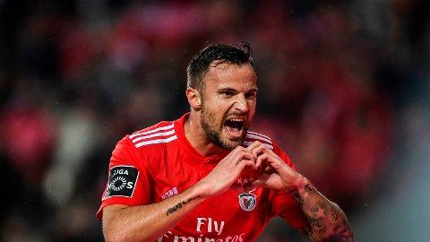 Den sveitsiske landslagsspissen Haris Seferovic scoret seiersmålet for Benfica når de slo Galatasaray 2-1 i Istanbul forrige torsdag.