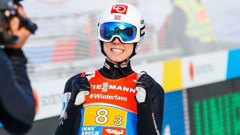 ENESTE LYSPUNKTET: Johann André Forfang leverte et godt hopp i andre omgang under lagkonkurransen i stor bakke, i ski-VM i Seefeld. Det hjalp lite da de norske utøverne kom til kort flere ganger i lagkonkurransen.