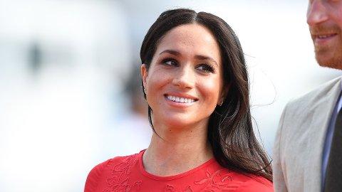 HETSET: Meghan, hertuginnen av Sussex, har blitt utsatt for omfattende netthets, i likhet med flere andre medlemmer av den britiske kongefamilien. Nå varsler kongehuset at politiet kan bli koblet inn.
