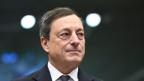 Den europeiske sentralbanksjefen Mario Draghi, som - ja da - går under navnet«Super-Mario», holdt som ventet styringsrentene uendret torsdag.
