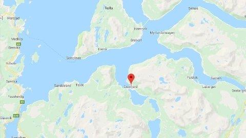 SNØSKRED: Et skred har gått i Grovfjord i Troms. Det er foreløpig uvisst om biler er tatt av skredet.