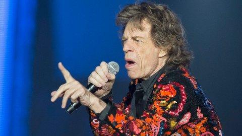 HJERTEOPERASJON: Mick Jagger, her under en Stones-konsert i Nanterre utenfor Paris i oktober 2017. Stones har utsatt sin nye turné i USA og Canada fordi sangeren trenger medisinsk behandling.