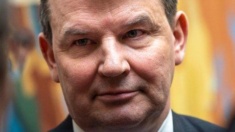 Justis- og innvandringsminister Tor Mikkel Wara (Frp) vender tilbake til eget PR-byrå.