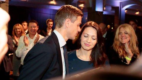 FORELDRE FOR TREDJE GANG: Knut Arild Hareide og kona Lisa Marie Hareide venter sitt tredje barn. Nå avslører de termindatoen.