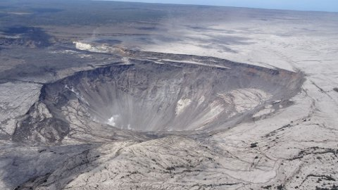 Vulkan Kilauea på Hawaii rangeres som én av verdens mest aktive vulkaner. I fjor ble 700 hus ødelagt da vulkanen hadde et utbrudd.