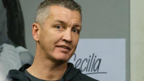 TIDLIGERE BOKSER: Ole Klemetsen har lang erfaring fra boksesirkuset.