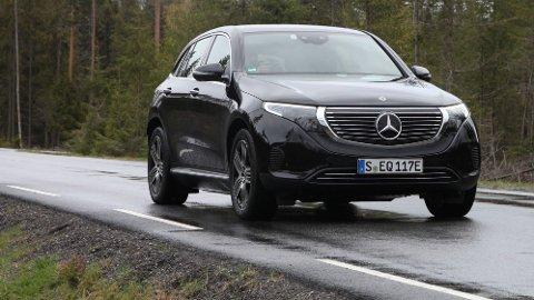 GLC I FORKLEDNING: Mercedes første elbil-storsatsing har fått navnet EQC, men er egentlig en elektrisk GLC.