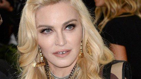 Madonna har annonsert at hun skal spille under Melodi Grand Prix i Israel. - Hun har ingen kontrakt, siersjefen for musikkonkurransen.