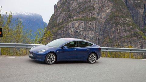 Tesla Model 3 fremstår som det beste bilkjøpet du kan gjøre for tiden.