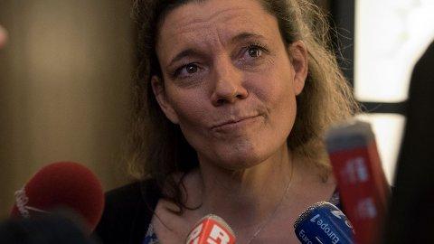 Den franske enken Nadege Dubois-Seex saksøker flyprodusenten Boeing for 2,4 milliarder kroner etter at ektemannen hennes døde da Ethiopian Airlines 737 MAX 8-fly styrtet i mars.