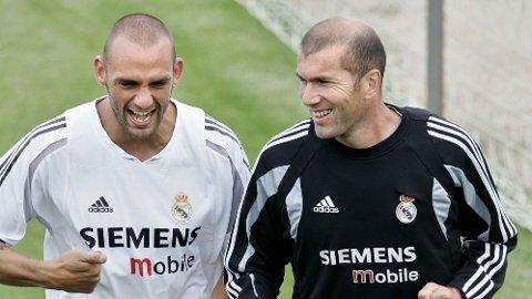 LEDEREN: Raúl Bravo, her sammen med Zinedine Zidane, antas å være lederen bak kampfiksingssaken.