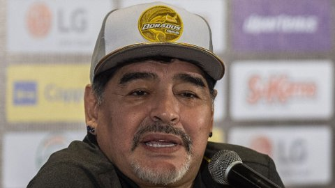 VIL BLI UNITED-TRENER: Diego Maradona.