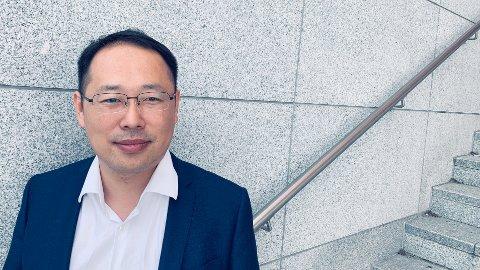 ÅPEN: - Vi er åpne og vil samarbeide med alle. Så langt det lar seg gjøre, sier Lucas Tan, administrerende direktør i Huawei Norge.