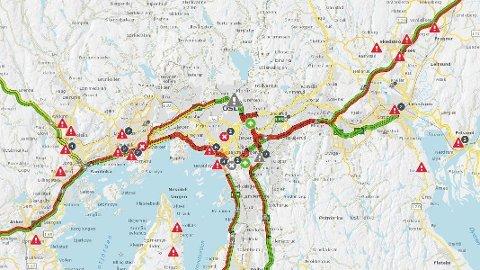 FORSINKELSER: Det er flere trafikale hendelser som fører til forsinkelser i Oslo-området fredag ettermiddag.