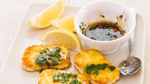 ANTIBIOTIKARESISTENS: Forskere frykter at vegetarianeres appetitt på kypriotisk halloumi-ost skal føre til antibiotikaresistens.