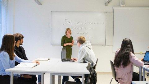 MISTER VITNEMÅL: Seks elever ved Sørumsand VGS i Akershus får ikke vitnemål, skolen skylder på bruk av feil dataprogram. Illustrasjonsbilde.