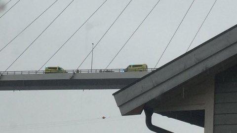ULYKKE: To ambulanser var på stedet etter ulykken.