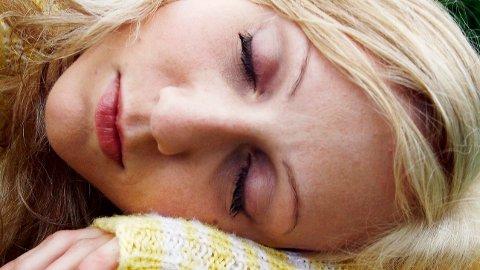 MER UTBREDT: Flere kvinner enn menn fikk utskrevet sovemedisin i Norge i fjor.