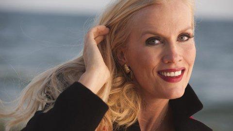 STOR GJELD: Den svenske TV-stjernen Gunilla Persson skylder den svenske staten over en halv million svenske kroner som følge av uriktige utbetalinger.