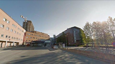 TROMSØ: Mannen ble først sendt til sykehuset i Sandnessjøen med det som ble beskrevet som alvorlige skader. Han ble siden overført til Universitetssykehuset i Tromsø,