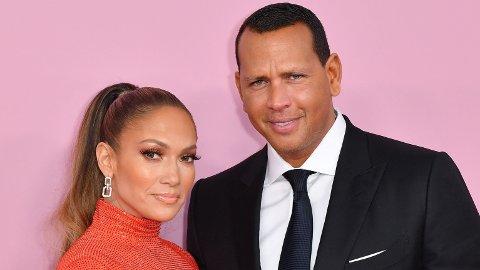 OVERRASKET FORLOVEDEN: Alex Rodriguez overrasket Jennifer Lopezz med en splitter ny Porsche i bursdagsgave. Det får fansen til å reagere.