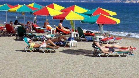 SVINDYRT: Euroen har aldri kostet mer mot kronen i juli før. Det gir svindyr ferie i euroland som Hellas. Her fra Kreta.