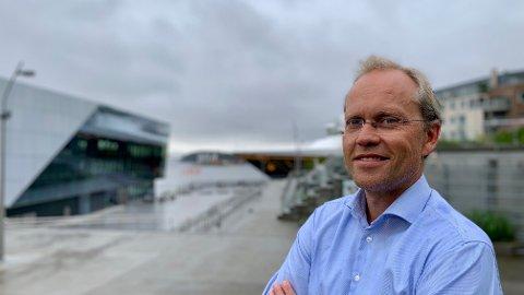 Kyrre Knudsen er sjeføkonom i Sparebank 1 SR-Bank. Ledigheten har falt kraftigst og mest i Rogaland: 21 prosent færre er arbeidsledige i juli i år, sammenliknet med i fjor.