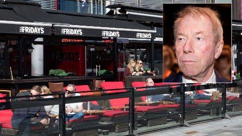 KOSTBART: TGI Fridays på Aker Brygge. Junkfood-kjeden kostet store tap for Jens Ulltveit-Moes (innfelt) restaurantvirksomhet i 2018. Blant annet ble flaggskip-restauranten på Karl Johan lagt ned.