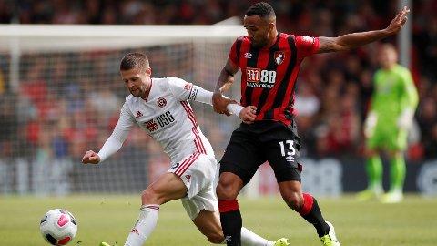 TØFFE DUELLER: Oliver Norwood og Sheffield United kjempet for hver eneste ball mot Bournemouth.