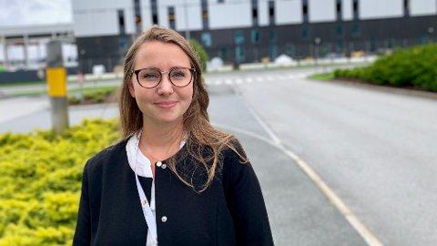 På gården lærte Cecilie Vika å male, selge bjørnebær og spare i aksjefond som barn. Nå er hun klar til å gjøre karriere i finansbransjen, og skulle ønske at flere kvinner gjorde det samme.