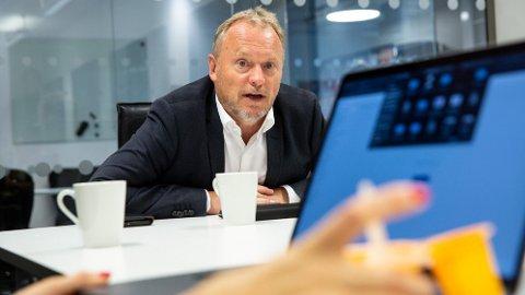 NEI TIL FRITT SKOLEVALG: Raymond Johansen, byrådsleder i Oslo, var mandag denne uken gjesteredaktør i Nettavisen. Et av utspillene hans rundt debatten om fritt skolevalg møter motbør av Fremskrittspartiets Aina Stenersen.