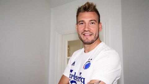 I NY DRAKT: Niklas Bendtner er klar for FCK.