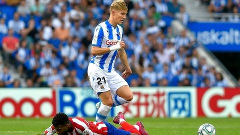 DOMINANT: Martin Ødegaard og Real Sociedad kunne juble over en fantastisk seier over Thomas Lemar og Atlético Madrid.