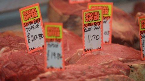 Bildet viser en typisk kjøttdisk i Storbritannia.