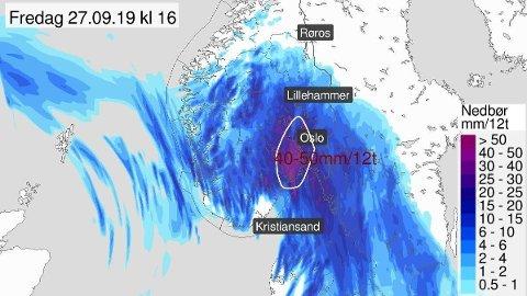 MYE REGN PÅ VEI: Meteorologene venter nedbørsmengder på mellom 30 og 60 millimeter på tolv timer i deler av Sør-Norge fredag.