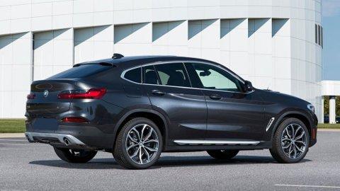 SUV-en BMW X4 er inne på listen over de 15 bilmodellene som får størst avgiftsøkning ved nyttår. Her kan det være mye penger å spare ved å kjøpe i år.