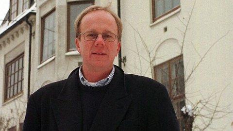 Odd Kalsnes ble tidlig i 2019 fratatt retten til å være ansvarlig eiendomsmegler etter en rettssak i lagmannsretten. Nå kommer det frem at han også mister advokatbevillingen.