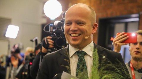 GRØNN BALLONG: Senterpartiet og Trygve Slagsvold Vedum fortsetter å stige.