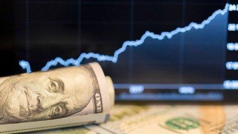 POTENT VALUTA: Den stigende dollarkursen slår rett inn i din lommebok på reiser over Atlanterhavet.