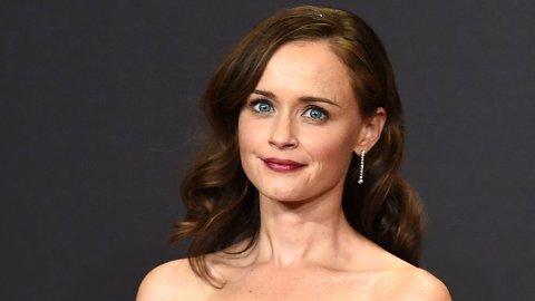 Skuespiller Alexis Bledel er sentral i HBO-serien «The Handmaid's Tale», men det er ikke bare i serien hun utgjør en fare. Også i virkeligheten frister navnet og bildet hennes uskyldige.