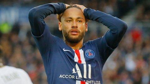 IKKE PÅ LISTA: Neymar må finne seg i å være utenfor Gullballen-diskusjonen.