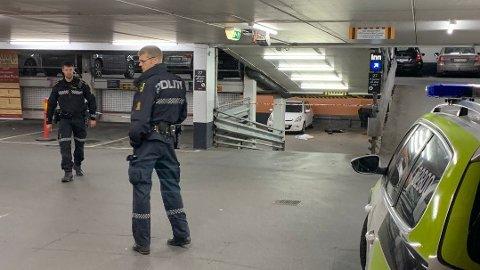GARASJE: Knivstikkingen skal ha skjedd i Kinogarasjen ved Bragernes torg.