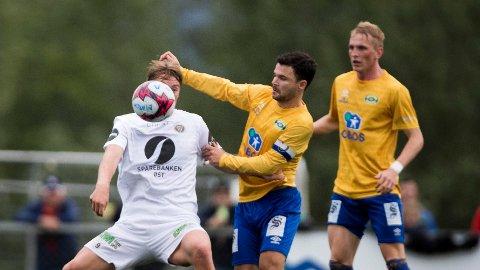 JAKTER OPPRYKK: Preben Markowitz og Grorud er én seier unna opprykk til Obosligaen. Her fra en cupkamp mot Mjøndalen tidligere i år.
